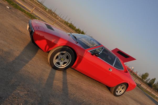 Ferrari Mondial Vs 308 Gt4 1974 Ferrari Dino 308 Gt4