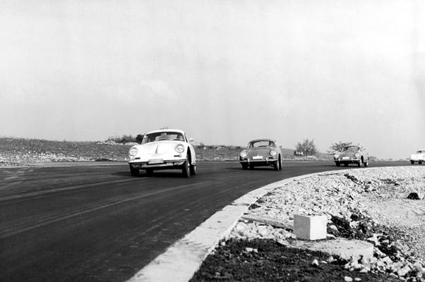 InterClassics & TopMobiel 2012 Maastricht – Doppelthema: Porsche und Mille Miglia