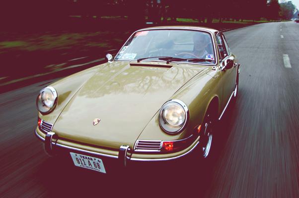 Porschegeschichten__ Arthur und sein sandbeiger 2,0 SWB 911