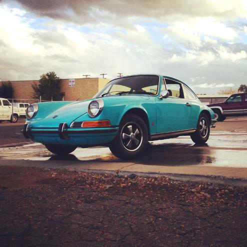 Porschegeschichten: Phil und sein kristallblauer '69er